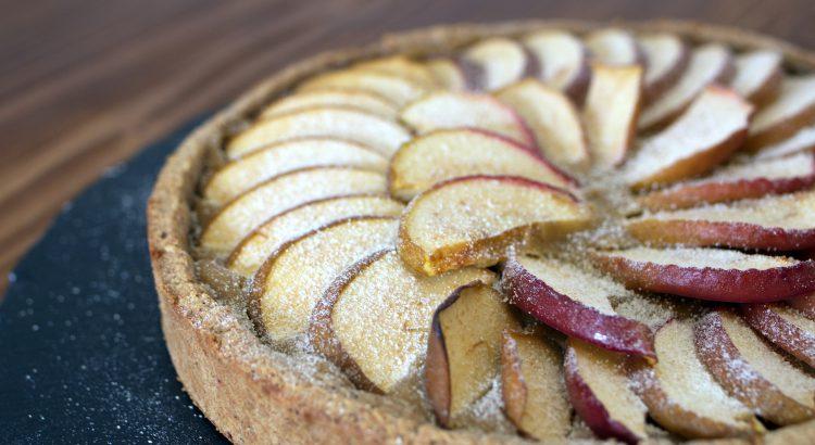 Zuckerfreier Apfelkuchen vegan